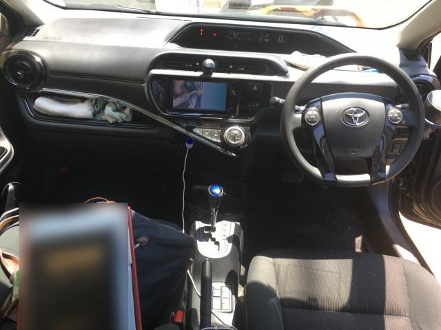 H28(2016年式) トヨタ アクア Sスタイルブラック