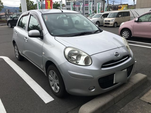 H24(2012年式) 日産 マーチ 12X FOUR