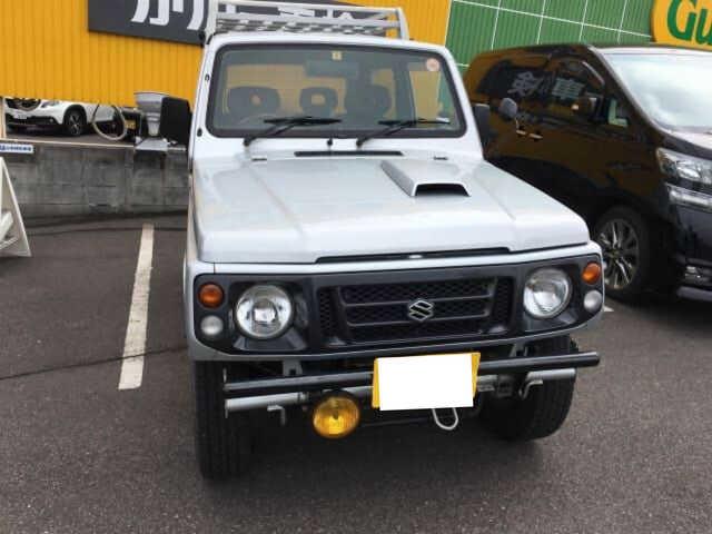Thumbnail.car image 001941126 2019 04 21t110707z