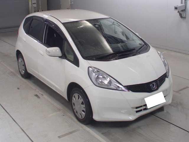 Thumbnail.car image 002620466 2019 12 21t101421z